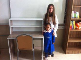 Kaymakam Abdulgani Mağ'dan 200 Öğrenciye Çalışma Masası