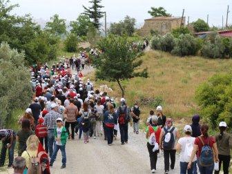 Mersin, Mezitli Belediyesi 19 Mayıs'ı Doğa Yürüyüşüyle Kutladı