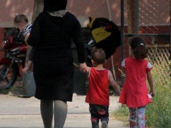 Çocuklarıyla Sokakta kaldı gidecek yer bulamadı!