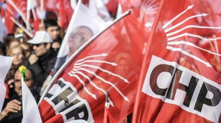CHP Kongresi'nde tekme tokat kavga çıktı!