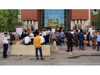 Ikby Referandumunu Gerçekleştiren Yüksek Seçim Komiserliği Başkanı Ve Üyeleri İçin Tutuklama Kararı