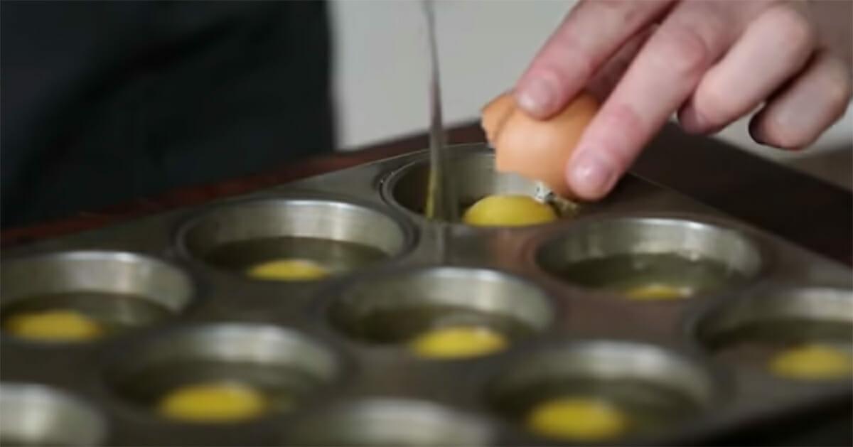 Muffin Tepsisine Yumurta Kırıp Fırına Sürün – Yumurta Severler Buna Bayılacak