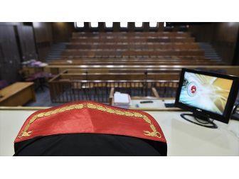 Eski Hakim Yaz'ın Yargılanmasına Başlandı