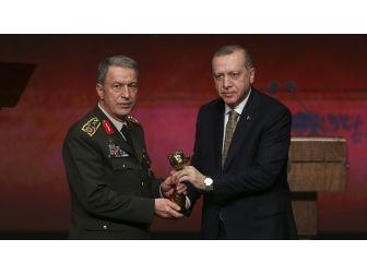 Uluslararası İyilik Ödülleri Kapsamında 'Vefa Ödülü' Tsk'ya Verildi