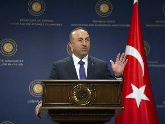 """Bakan Çavuşoğlu: """"Yunanistan Savunma Bakanı'nın Şımarıklığı İlişkileri Bozacak Düzeye Gelmemeli"""""""