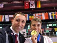 Eskişehirli Sporcu Gülsena Karakuyulu Almanya'dan Altın Madalya İle Döndü