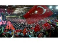 Cumhurbaşkanı Erdoğan'ın Müjdeleri Avrupa'daki Türkleri Memnun Etti