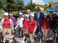 """""""Çocuklar İster Halkbank Yapar"""" 108 Öğrenciye Bisiklet"""