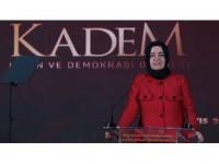 'Türk Kadını Bu Ülkenin Geleceğini Kimselere Vermemiştir'