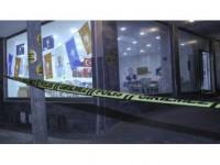 Ak Parti Seçim İrtibat Bürosuna Ses Bombası Atıldı