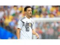 Alman Medyasından Mesut Özil'e Destek