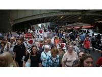 New Yorklular Göçmen Ve Mülteciler İçin Yürüdü