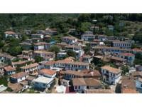 'Kıyamet Köyü' Şöhretinin Zirvesine Ulaştı