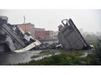İtalya'da Otoyol Köprüsü Çöktü: 11 Ölü