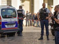 Fransa'nın Başkenti Paris'te Askerlere Saldırı