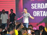 """Ünlü Şarkıcı Serdar Ortaç """"Evlendikten Sonra Enayi Gibi Yüzük Takıyorum"""""""