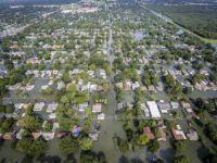 Teksas'ta Tahliye İşlemleri Devam Ediyor