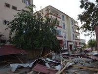 Iğdır'da Şiddetli Rüzgar Çatıları Uçurdu