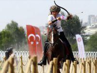 Ceren Cazgır'ın At Sevgisi Hayatını Değiştirdi
