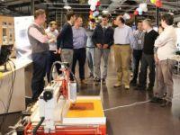 """Bilişim Fuarı Yenilikçi Tasarımcıları """"CERN"""" İçin Yarışıyor"""
