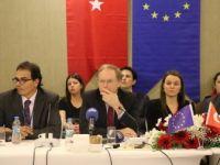AB Türkiye Delegasyonu Başkanı Berger, Mültecilerin Eğitimini Masaya Yatırdı