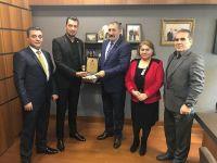 İstanbul Azerbaycan Dostluk Derneği Yönetimi TBMM' ne Ziyarette Bulundu...