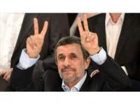 Eski İran Cumhurbaşkanı Ahmedinejad Ülke Yönetimini Eleştirdi