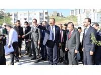 Çevre Ve Şehircilik Bakanı Özhaseki: Terörden Temizlenen Bölgedeki İnşaatlar 1-2 Ay İçinde Bitiyor