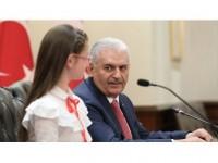 Başbakan Yıldırım: Çocuklarımız İçin Bakanlarımız Var Gücüyle Çalışıyor