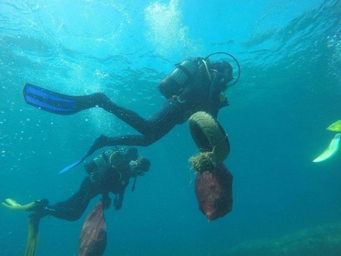Bodrum, 19 Koyda Gerçekleşen Deniz Dibi Temizlik Çalışmaları Sona Erdi
