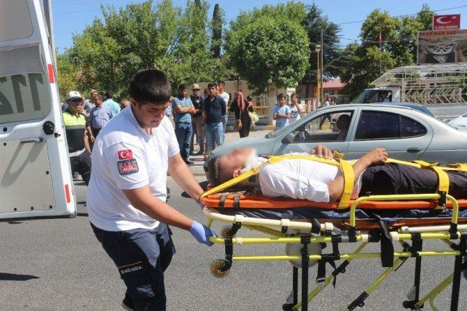 Adıyaman'da Üst Geçitten Atlayan Genci Sağlık Ekipleri Hasta Taşıma Brandasıyla Havada Tuttu