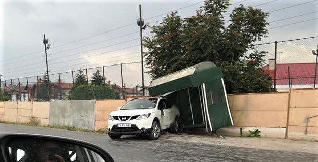 Eskişehir, Çevre Yolu Bulvarın'da Trafik Kazası; 2 Yaralı