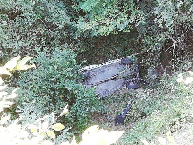 Zonguldak'ta 50 Metreden Ormanlık Alana Uçan Araçta Kimse Bulunamadı